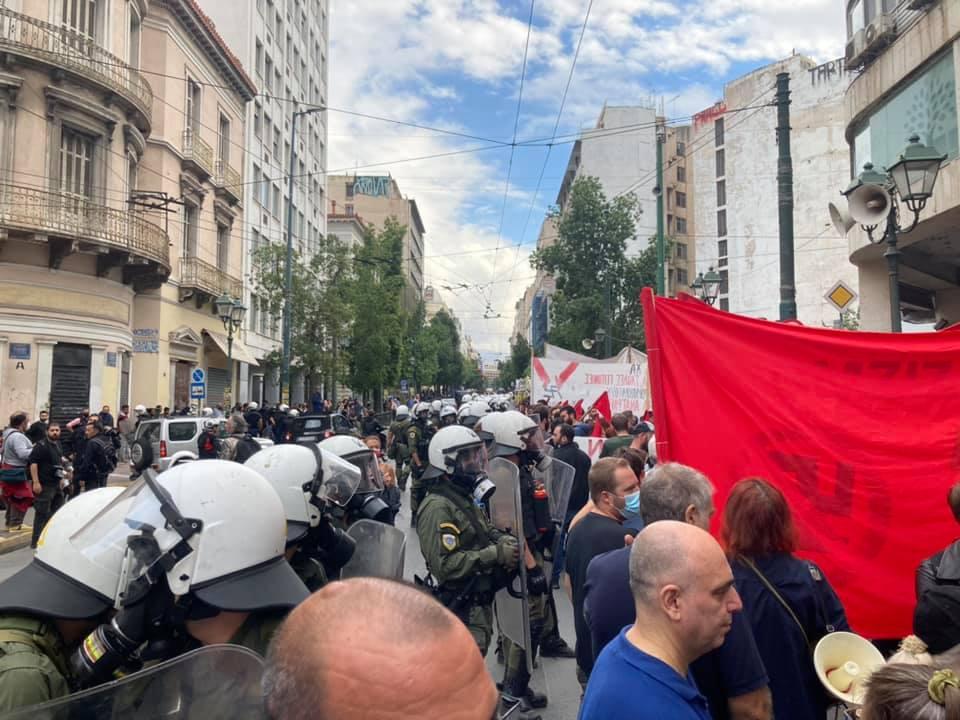 Ισχυρή παρουσία των αστυνομικών δυνάμεων στην αντιφασιστική διαδήλωση